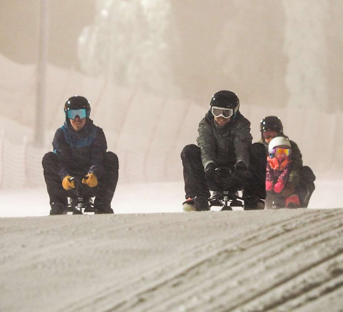 Sled racers on Ruka slopes
